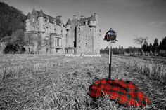 Castle Menzies Tartan, Hey Dad look at this,,,,your family's home
