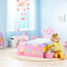 Covered with the colourful characters from your toddler's favourite Peppa Pig stories, the Peppa Pig SnuggleTime Toddler Bed will see your little one eager to hop in, nod off and delve into adventures with Peppa, George, Daddy Pig and Mummy Pig.