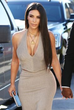 Kim arriving at a wedding in Simi Valley, CA - September 23, 2016