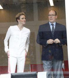 Charlène de Monaco et le prince Albert II étaient aux premières loges pour le Grand Prix de Monaco qui s'est déroulé dimanche 30 mai 2016 dans la prin...