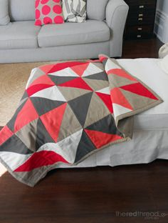 Modern Lap Quilt (pattern, sewing, DIY, fabric, textile, bedding, blanket)