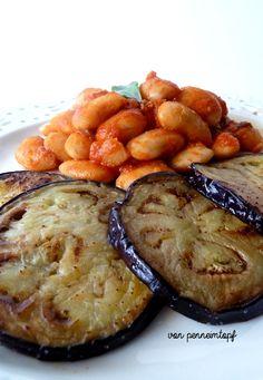 Penne im Topf: {Mal Vegan} Weiße Bohnen mit Salbei-Tomatensauce + gebratene Aubergine