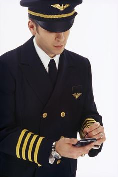 Jet Charter services and Their Benefits Airline Jobs, Airline Pilot, Pilot Uniform, Men In Uniform, Pilot Quotes, Plane And Pilot, Commercial Pilot, Aviation Humor, Airplane Photography
