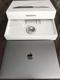 Apple Macbook Pro, Macbook Pro 13, Apple Laptop Macbook, Best Macbook, Newest Macbook Pro, Mac Laptop, Macbook Pro Space Grey, Macbook Case, Macbook Hacks