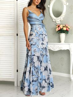 Floral Print Wrapped Tied Side Maxi Dress dresses to wear to a wedding dresses short dress outfit dress dress dresses modest dresses Trend Fashion, Look Fashion, Fashion Outfits, Womens Fashion, Feminine Fashion, Fashion Ideas, Feminine Style, Fashion Boots, Modest Dresses