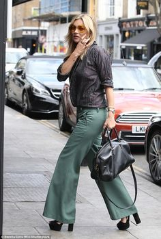 Flare for fashion!She's always possessed an impeccable sense of style. And Kate Moss didn't disappoint as she headed for lunch in London's trendy Portobello Road on Thursday