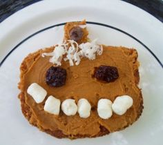 Whole Grain Toast with Pumpkin Spice Peanut Butter. You trim and slather, let wee ones decorate. A fun breakfast or snack you can feel good about giving them. Healthy Halloween, Halloween Treats, Preschool Halloween, Pumpkin Butter, Pumpkin Spice, Holiday Crafts For Kids, Holidays With Kids, Cooking With Kids, Best Breakfast