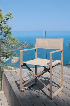 CHIC folding director chair by Talenti - Italy. Folding garden dining chair in powder coated aluminium and padded Batyline seat and back Modern Garden Furniture, Italian Furniture, Outdoor Furniture Sets, Furniture Design, Outdoor Dining Chairs, Outdoor Chairs, Outdoor Living, Outdoor Decor, Garden Chairs