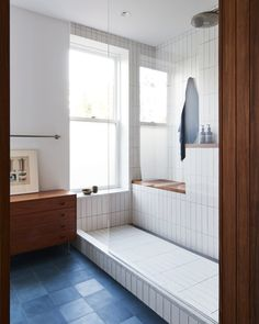 Before & After: An Architect Takes Steps to Create His Dream Home in Brooklyn #brooklyn #rowhouse #homerenovation #bathroom