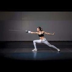 . Epee Fencing, Fencing Sport, Archery Photography, Sport Photography, Female Action Poses, Olympic Fencing, The Fencer, Human Poses Reference, Sword Fight