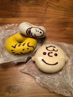 Snoopy Donuts