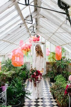 LENZO teams up with the team behind the One Fine Day Bridal fair, to create a wedding campaign like no other for their Melbourne bridal exhibition. Think coloured perspex, vibrant glass and bold dahlias!