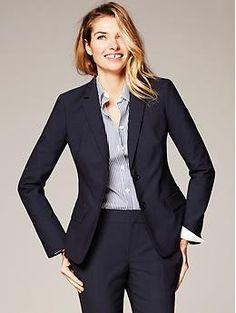 Navy Lightweight Wool Two-Button Suit Blazer | Banana Republic