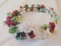 Corona de flores para novias e invitadas #flowers #headpiece #wedding #brides