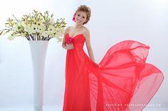 Red dress - PHOTOGRAPHY - TaipeiRoyalWed.tw  紅色晚禮服  台北蘿亞結婚精品