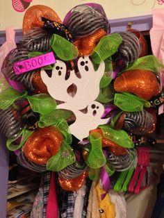 Another cute Halloween wreath!