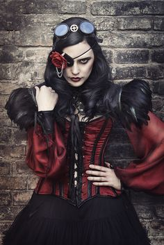 Steampunk by Rebeca Saray- this would be an AWESOME comicon costume!