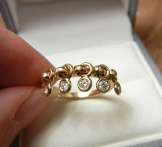 Christian Dior Solid 18K Yellow Gold Genuine Diamond(1/4CTW. VS1/G) Ring - COQUINE,w/Box, Certificate, engagement ring