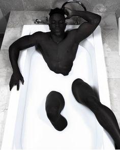 Ideas for milk bath photography male Handsome Black Men, My Black Is Beautiful, Beautiful Men, Illustration Book, Creative Illustration, Bath Photography, Fashion Photography, Poses References, Hommes Sexy