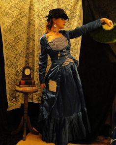 Tardis Steampunk dress... I've never wanted to look like a police box from the 1950s quite so much before