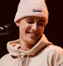 Come here to be alright for me boyfriend Justin Bieber come today or End of 2019 2020 Moda Justin Bieber, Justin Bieber Singing, Justin Bieber Smile, Justin Bieber Posters, Justin Bieber Images, Justin Bieber 2015, Justin Bieber Lockscreen, Justin Bieber Wallpaper, Justin Baby