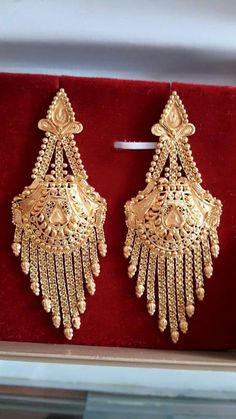 1 Gram Gold Jewellery, Gold Jewellery Design, Nose Jewelry, Gold Rings Jewelry, Indian Jewelry Sets, India Jewelry, Wedding Earrings, Gold Earrings, Gold Necklace