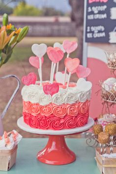 Heart Rosette Cake #ValentinesDay