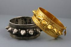 Past and Present:  Here is an interesting comparison of two traditional bracelets from Oman. The one on the left is an old silver bracelet, made and worn before gold became the preferred metal. The one on the right is nearly the same design, re-interpreted and executed in 21 carat gold. Interestingly the gold bracelet is only a bit lighter than the silver one!