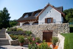 Balatonfüred - Szőlőhegy - Magyarország Dream House Plans, Countryside, Facade, Beautiful Homes, Farmhouse, Cottage, Exterior, Cabin, Mansions