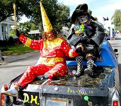 Rural Mardi Gras in Louisiana - it's a WHOLE 'nother thing! http://www.gypsynester.com/mardigras.htm