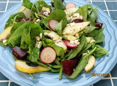 Pear Spinach and Goat Cheese Salad