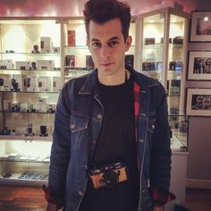 Mark Ronson - The Classic Camera 📸 Mark Ronson, Classic Camera, James Dean, Studio, Celebrities, Music, How To Wear, Men, Fashion
