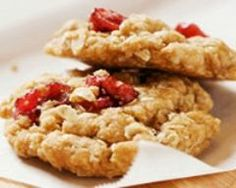 "Afternoon Snack: Cranberry Oatmeal Cookies (Did I Hear You Say ""Yum""? Cherry Cookies, Cranberry Cookies, Holiday Cookies, Walnut Cookies, Cookie Recipes, Diet Recipes, Jar Recipes, Freezer Recipes, Healthy Desserts"