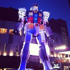 #gundam by night #awesome #odaiba #tokyo #japan
