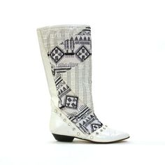 Woven Leather on Marketplay White Leather Boots, Leather Shoes, Vintage Boots, Shoe Boots, Shoes Heels, Riding Boots, High Top Sneakers, Boots Style, Awesome Shoes