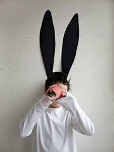 DIY Inspiration - Bunny Ears on The Wall Makes for fun Photos