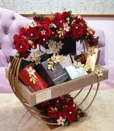 Name Decorations, Diy Wedding Decorations, Ceremony Decorations, Wedding Gift Wrapping, Wedding Gift Boxes, Wedding Cards, Diy Crafts And Hobbies, Diy Crafts Hacks, Diy Gift Box