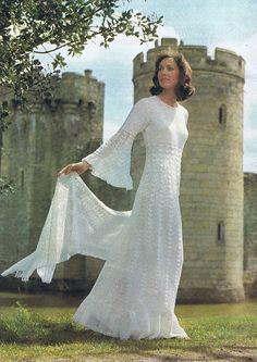 Enchanting Wedding Dress Crochet Pattern von HeirloomPatterns