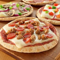 Mini Pita 4 Cheese Pizzas Recipe from Land O'Lakes Ricotta Cheese Pizza, Mini Pizza Recipes, Pita Pizzas, Easy Weeknight Meals, Fast Meals, Cooking Recipes, Kid Recipes, Recipies, Dinner Recipes
