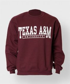 Keep warm and comfortable with this basic vintage inspired sweatshirt. The front graphic reads Texas A&M University.