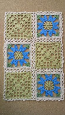 This Pin was discovered by Zül Crochet Blocks, Crochet Squares, Crochet Granny, Crochet Motif, Crochet Doilies, Easy Crochet, Crochet Stitches, Free Crochet, Knit Crochet