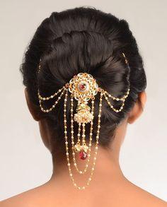 Pallavi Kundan Hair Pin  by Bansri Joaillerie