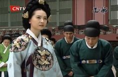 Kings and Queens in Joseon Dynasty(Hangul:왕과비) is a 1998~2000South Koreanhistorical drama about kingsand their queens from King Danjong to King Yeonsan.It aired onKBSfor 186 episodes. 인수대비