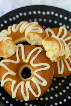 baked mochi donuts 2 whole Large Eggs, Beaten ¼ cups Honey ⅔ cups Milk cup Mochiko (sweet/glutinous Rice Flour) 2 teaspoons Baking Powder 3 Tablespoons But. Asian Desserts, Köstliche Desserts, Delicious Desserts, Dessert Recipes, Yummy Food, Japanese Desserts, Chinese Desserts, Plated Desserts, Chinese Food