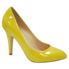 Matches my rain coat yellow <3