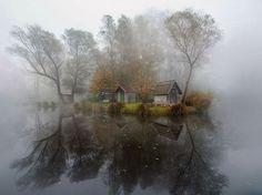 Dorf in Ungarn | Quelle: http://yourshot.nationalgeographic.com/profile/474120/