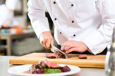 """""""Tajemnica dobrego steku? Mięso ze sprawdzonego źródła. Od lat kupuję najlepszą wołowinę z Łąk Nadbużańskich."""" – Andrzej, Szef Kuchni Garden Restaurant  """"What's my secret of a perfect steak? Meat from a good source! I've been buying Polish ecological beef from """"Bug River Meadows"""" for years."""" - Andrzej, Garden Restaurant's Executive Chef"""