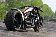"▷ Harley Davidson Screamin Eagle ""RSR"" by Thunderbike - Ducati Motor Holding S. Harley Davidson Night Rod, Harley Davidson Chopper, Harley Davidson Motorcycles, Custom Motorcycles, Classic Harley Davidson, Vintage Motorcycles, Vrod Harley, Harley Bikes, Custom Street Bikes"