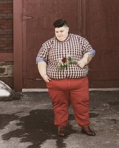 Plus size queer fashion Butch Fashion, Queer Fashion, Tomboy Fashion, Grunge Fashion, Male Fashion, Kate Moss, Fat Girl Short Hair, Androgynous Women, Androgyny