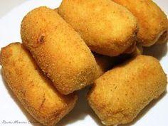 INGREDIENTES: 150 gr. de queso roquefort 100 gr. nueces troceadas 90 ml. aceite 30 gr. cebolla troceada 180 gr. harina 700 ml. de lec...